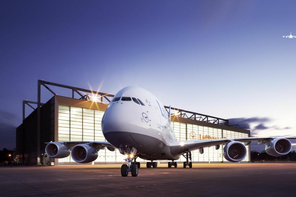 <b>ØKER AVGIFTENE:</b> Høyere oljepriser gjør det dyrere å fly. Foto: Lufthansa