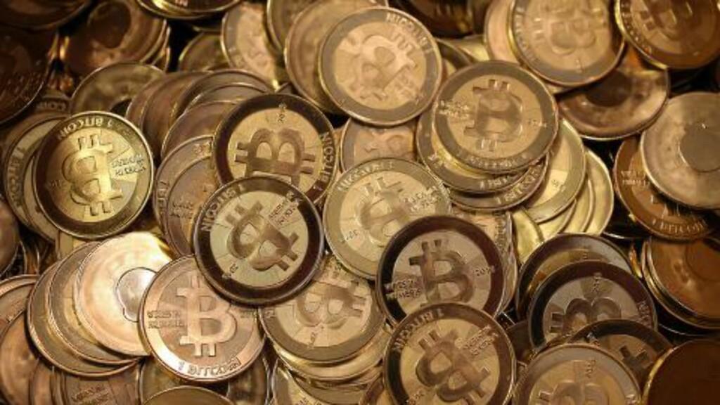 USIKKER: Bitcoins er en tilsynelatende kjapp og enkel, men ustabil, måte å finansiere kriminell virksomhet på. Foto: AFP / NTB scanpix