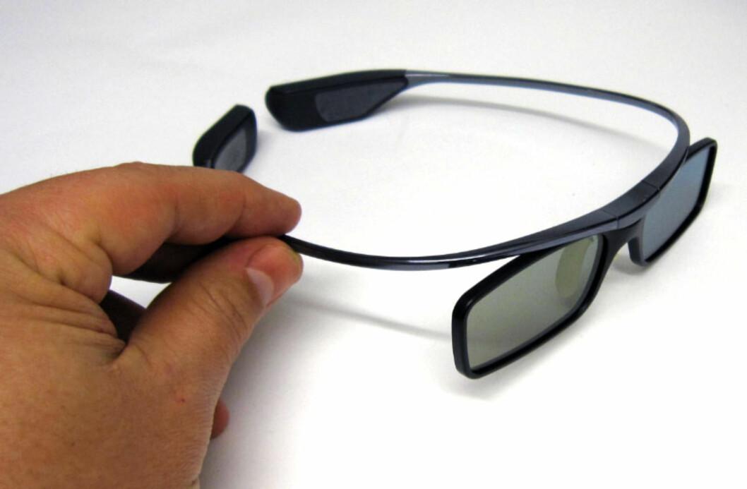 Brillene er vesentlig mindre klumpete enn vanlig, og sitter godt på hodet. Foto: Bjørn Eirik Loftås
