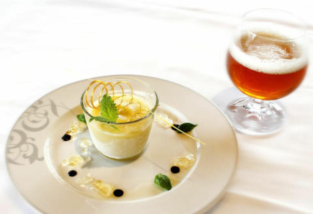 <strong>EPLE IPA SORBET:</strong> En forfriskende hvilerett laget med Ægir India Pale Ale og servert med følge av den samme,, 5 % alkoholstyrke. Foto: OLE C.H. THOMASSEN