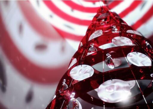 Moderne juletrær med pleksiglass, krystaller og ikke en barnål i sikte. Foto: Produsenten