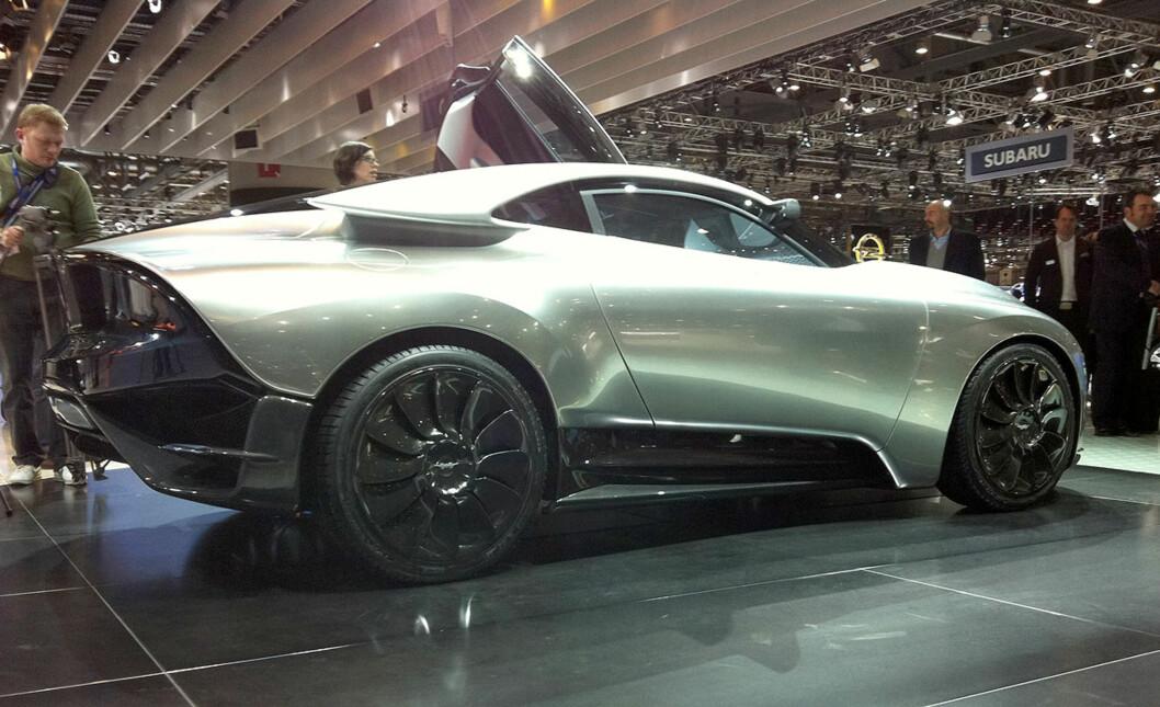 <strong>En tid gjenoppstått fra asken:</strong> Den siste konseptbilen fra Saab, vist i Genève i vår, het PhoeniX. Foto: Knut Moberg
