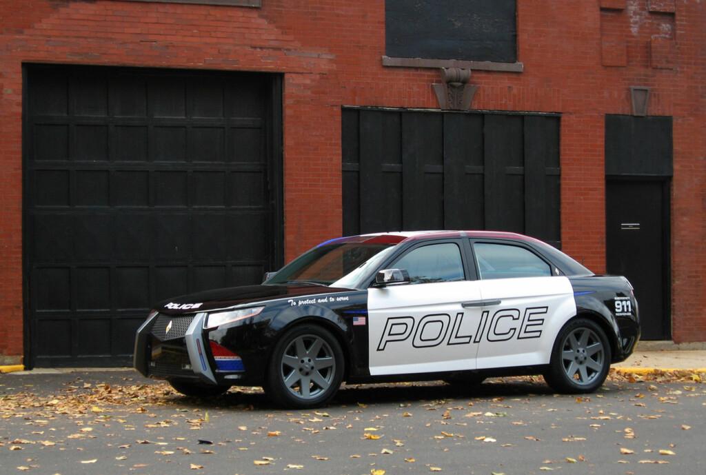 Dette er E7, noe så spesielt som en bil som er utviklet fra scratch som politibil, noe produsenten hevder er det eneste rasjonelle og vil redusere kostnader og utslipp. Foto: Carbon Motors