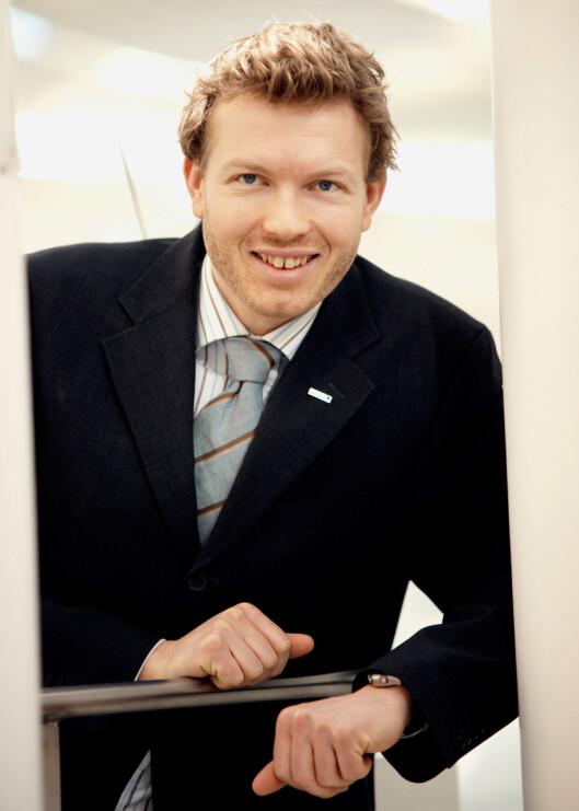Informasjonssjef Thomas Sevang er fornøyd med å kunne tilby kundene verktøyet Min Økonomi. Foto: Nordea