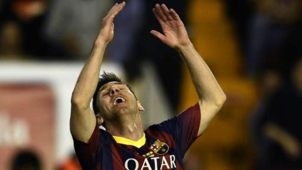 <strong>INGEN STOR DAG:</strong> Lionel Messi slet i cupfinalen på Mestalla i Valencia. Foto: AFP PHOTO / LLUIS GENE / NTB Scanpix