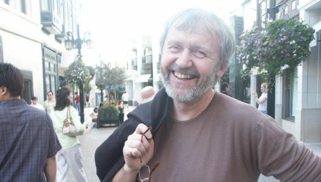 <strong>FUNNET SVARET:</strong> Erik Hillestad, lederen av Kirkelig Kulturverksted, går i pluss ved ikke å finansere plater - bare gi dem ut når innspillingen er betalt.   Foto: Tommy Fossum