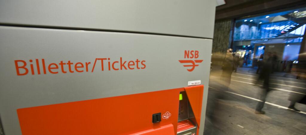 HUSK Å KJØPE: NSB øker antall billettkontroller i løpet av høsten.  Foto: Per Ervland
