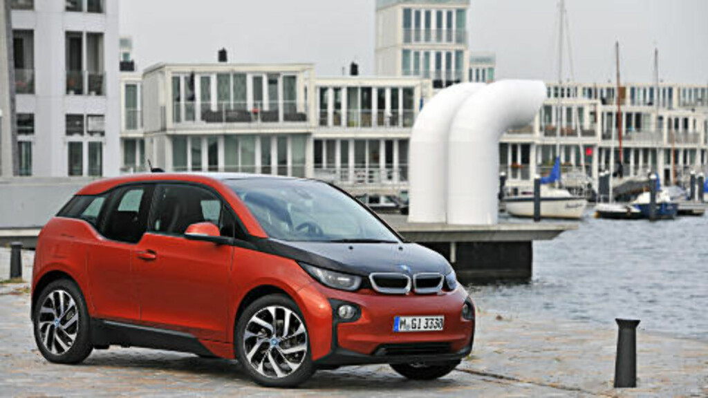 BÆREKRAFTIG BILINDUSTRI: BMW i3 er elbilen som ble lansert i høst og som representerer bærekraftig helhetstenkning «fra vugge til grav». Foto: BMW