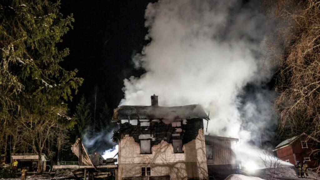 DØDSBRANN: En kvinne og to barn omkom i en brann i Nord-Odal i januar i fjor. 61 mennesker døde i brann i Norge i 2013. Foto: Stian Lysberg Solum / NTB scanpix