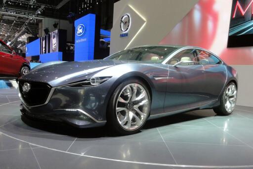 FÅR SKYACTIV-TEKNOLOGI: Etterfølgeren til Mazda 6 vil få KODO-design, inspirert av konseptet Shinari, som vi ser her. Foto: Knut Moberg