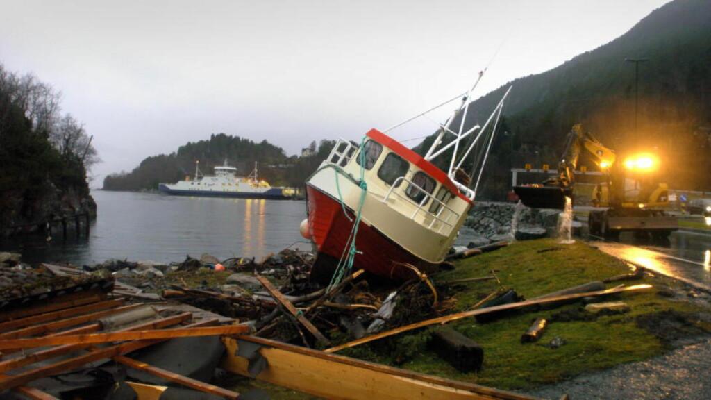 EKSTREMVÆR: Ekstremværet Hilde traff i november Trøndelag og Nordland med vind opp i orkan styrke. Det skapte store ødeleggelser. Foto: Fridgeir Walderhaug / Dagbladet.