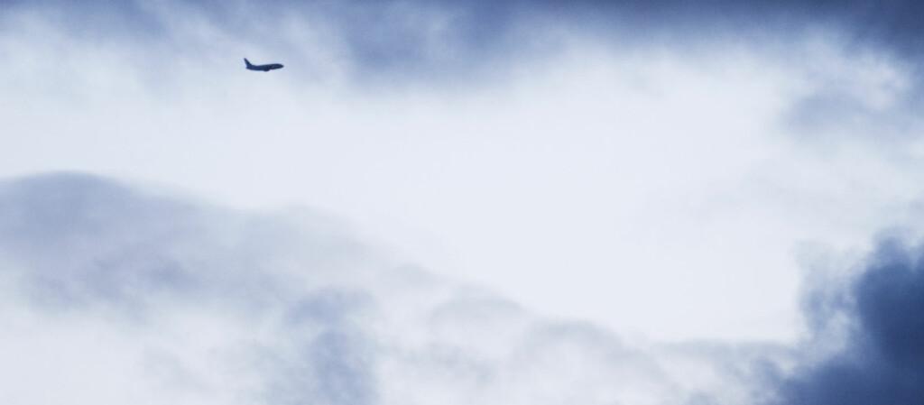 Asken fra Grimsvötn skaper problemer i flytrafikken. Foto: Kornelius Kiil Enoksen