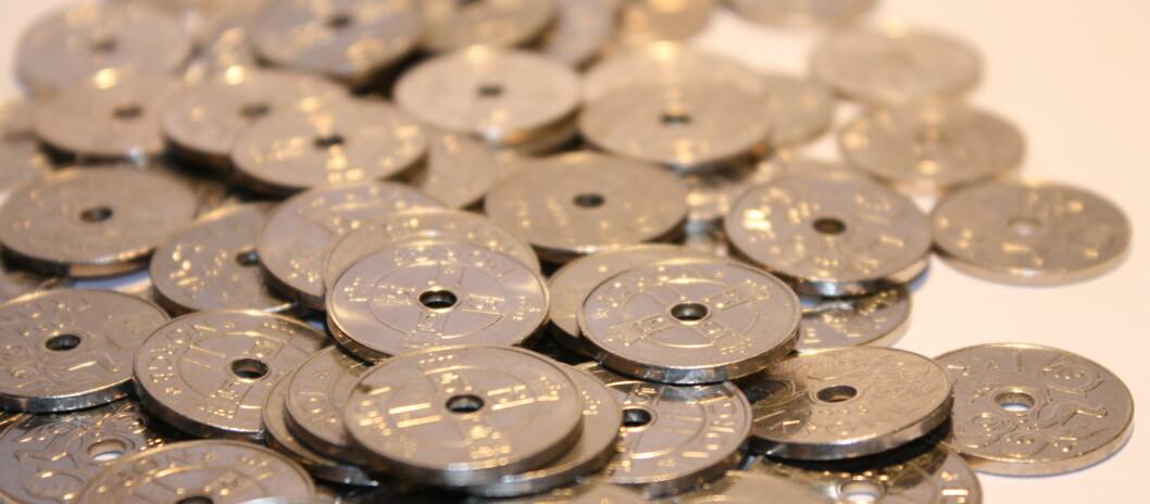 <strong>TO NYE DATOER:</strong> I år vil skatteoppgjøret for enkelte lønnstakere sendes ut i august og september, som dermed slipper å vente til oktober. Foto: Colourbox.com