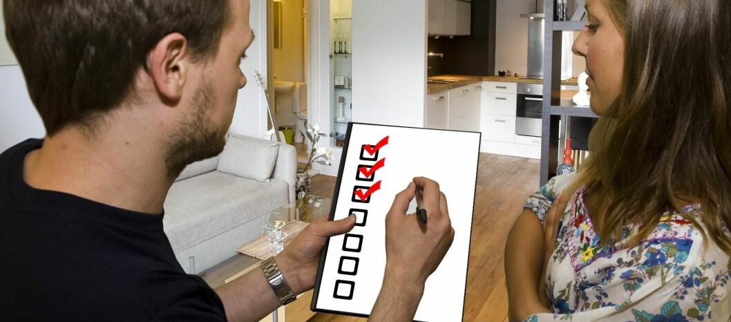 <strong><b>SELG SELV:</strong></b> De fleste som har solgt boligen sin selv, er fornøyde med erfaringene, og vil anbefale det til andre. Foto: PER ERVLAND