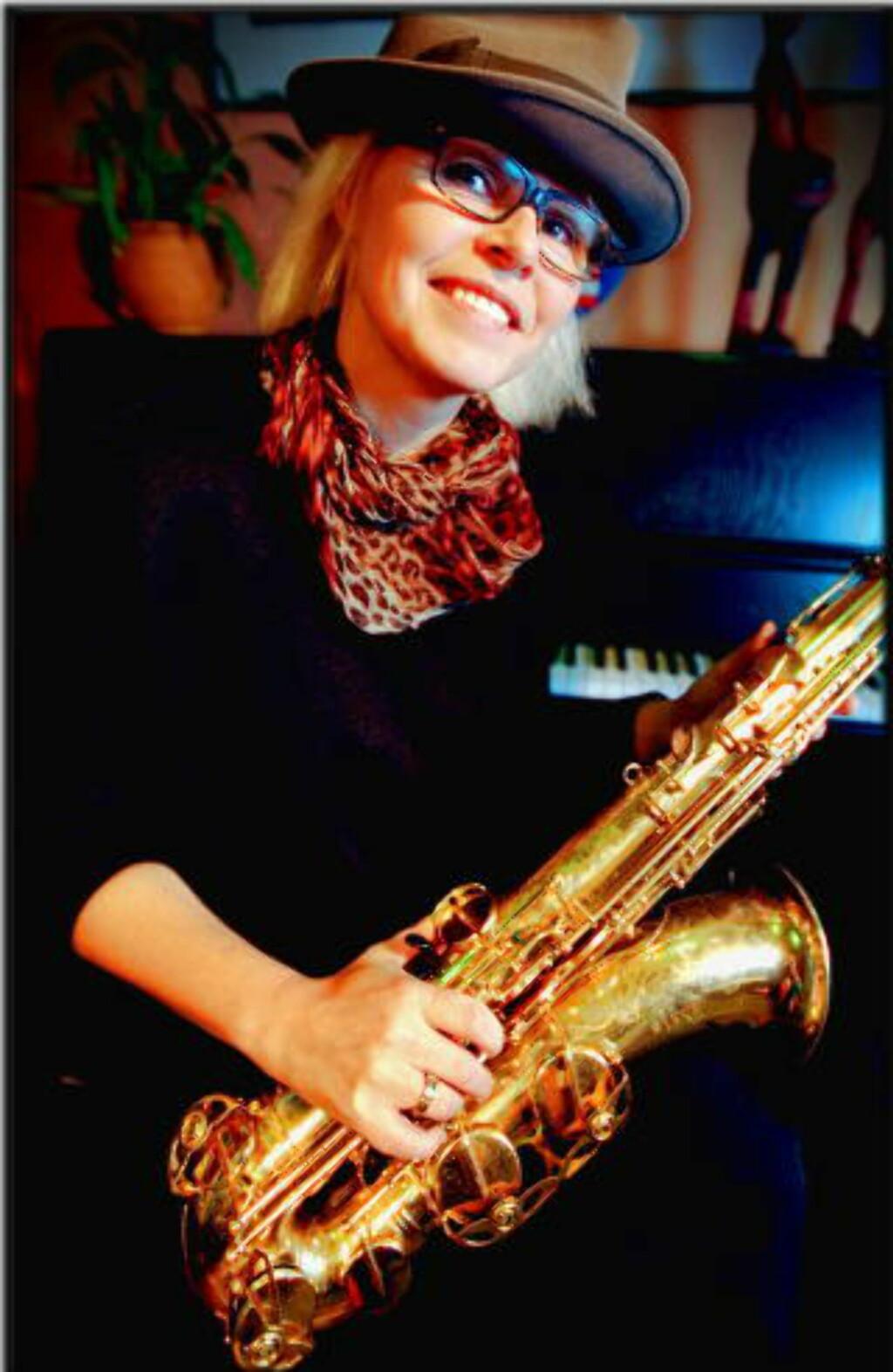 GREP:  Bodil Niska sikret seg en tenorsaksofon i ung alder, og har beholdt grepet om det instrumentet siden. FOTO: TOM MARTINSEN / DAGBLADET