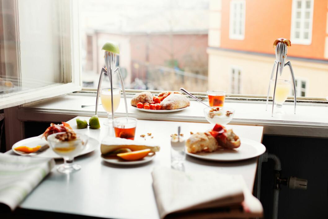 Som om noen akkurat har reist seg midt i frokostbordet. Foto: Anders Lindén