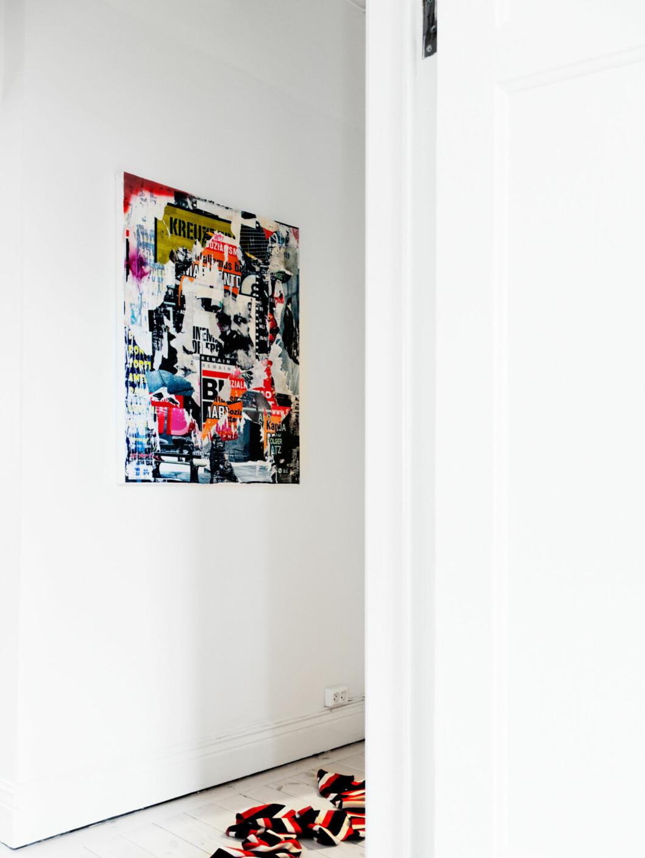 """Det er ikke akkurat hauger av skittentøy på bildene fra Fantastic Frank. Men strategisk plassert """"rot"""". Foto: Anders Lindén"""