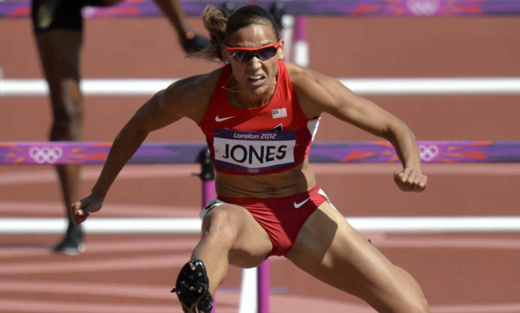 I LONDON-OL:  Lolo Jones i aksjon på 100 meter hekk i 2012-OL i London. Foto:AP Photo/Martin Meissner