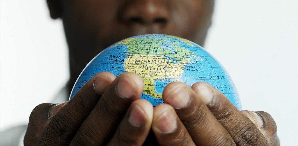 <B>NYTTIG INFORMASJON:</B> Sjekk Utenriksdepartementets nettsider før du reiser. Foto: Colourbox.com
