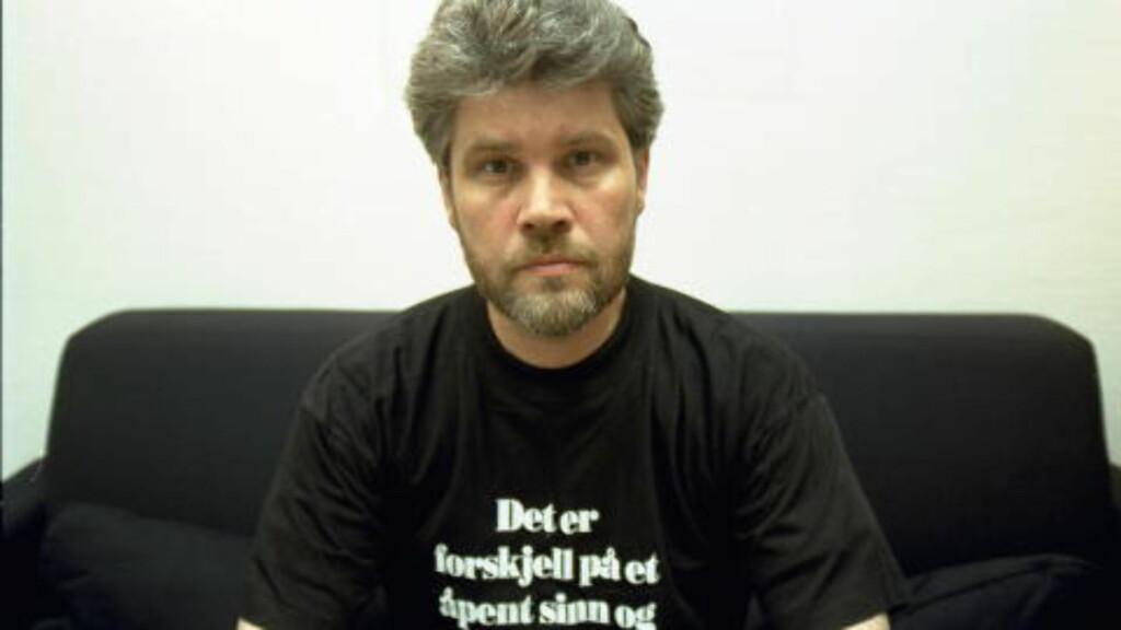 PARANORMALT: Terje Emberland er styremedlem i foreningen Skepsis og redaktør av bladet ved samme navn. Foreningen elsker å avsløre påstått paranormale fenomener.