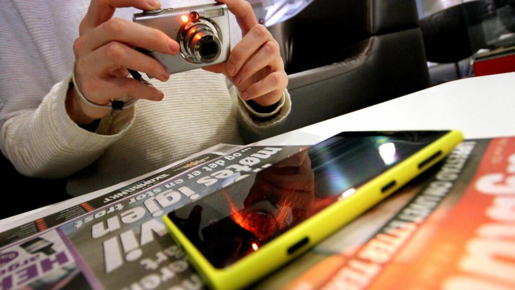 LURT: Ta et bilde av dingsen din før du sender den til reparasjon. Da har du nemlig dokumentasjon på hvordan den så ut da du ga den fra deg.  Foto: OLE PETTER BAUGERØD STOKKE / DINSIDE.NO