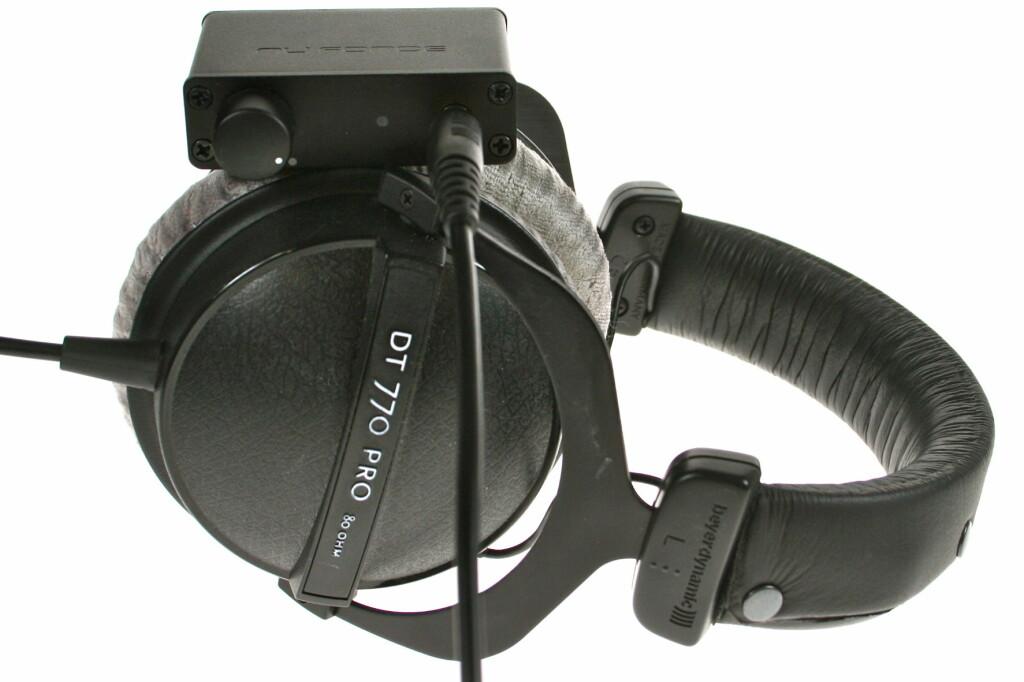 <B>BESKJEDEN:</B> Både når det kommer til lyd, pris og plass er NuForce uDAC-2 smålåten. Foto: Øivind Idsø