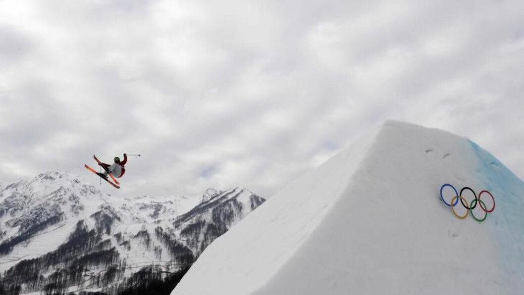 <strong>HØYT OPPE:</strong> Howell var overlegen i finalen i slopestyle. Foto: AFP  / FRANCK FIFE / NTB SCANPIX