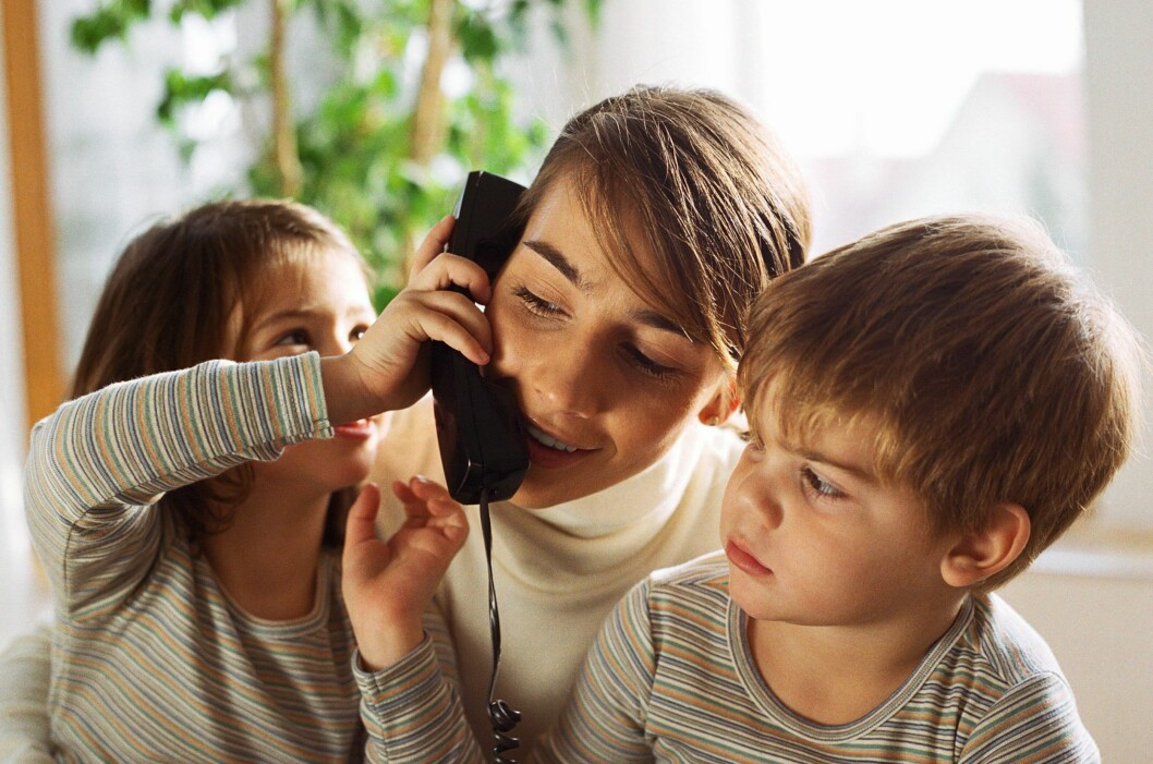 <b>HUSKER DU DENNE?</b> Det er nok en grunn til at dette er et gammelt illustrasjonsfoto. Hustelefonen går en mørk tid i vente.  Foto: colourbox.com