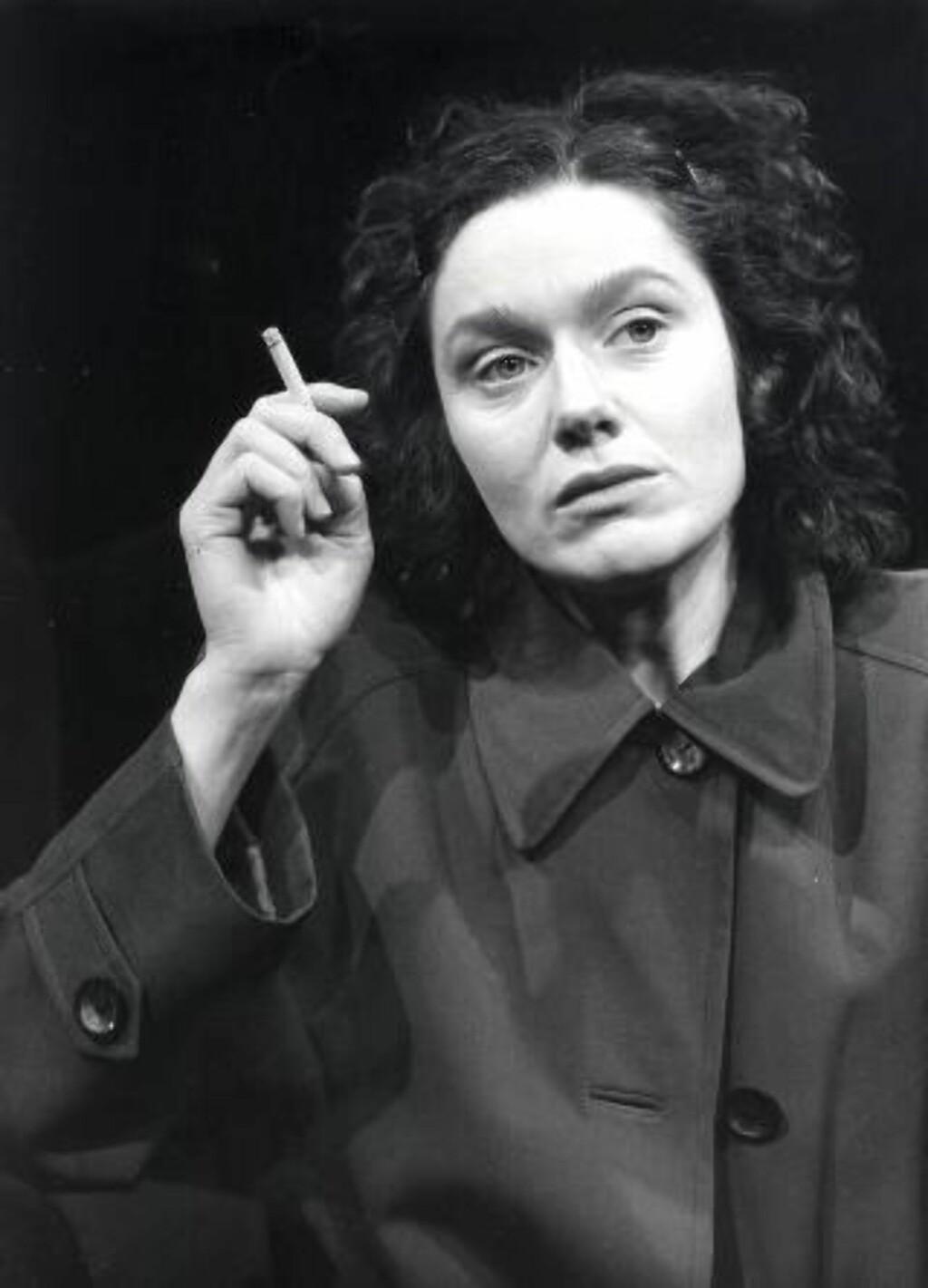 FØRSTE GANG: Ragnhild Hilt spilte «Av måneskin gror det ingenting» som 37-åring i 1982. Foto: Frits Solvang, Det Norske Teatret