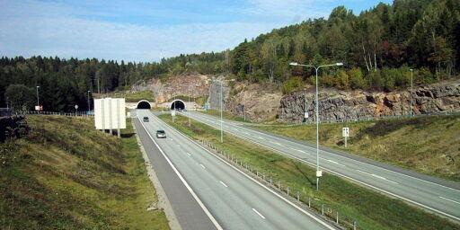 image: For hver meter norsk vei bygger svenskene det dobbelte