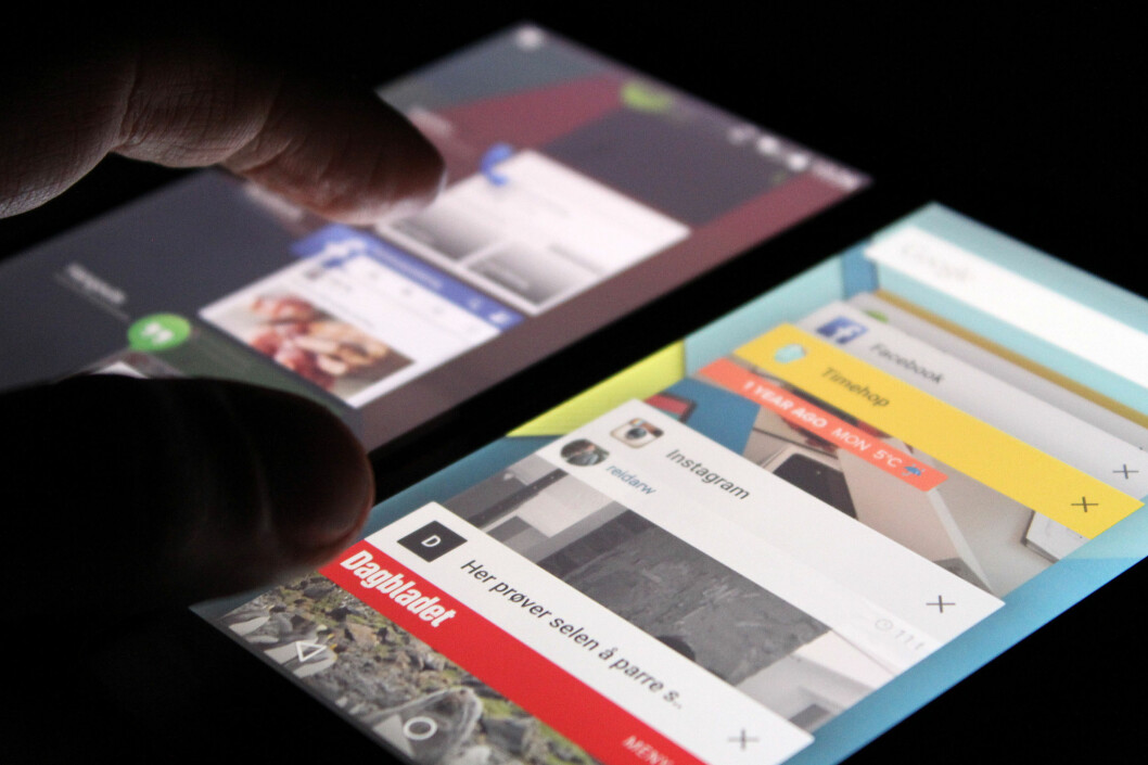 <strong><B>GAMMELT OG NYTT:</strong> </B>Multitasking på Android 4.4 til venstre, på Android 5.0 til høyre. Foto: OLE PETTER BAUGERØD STOKKE