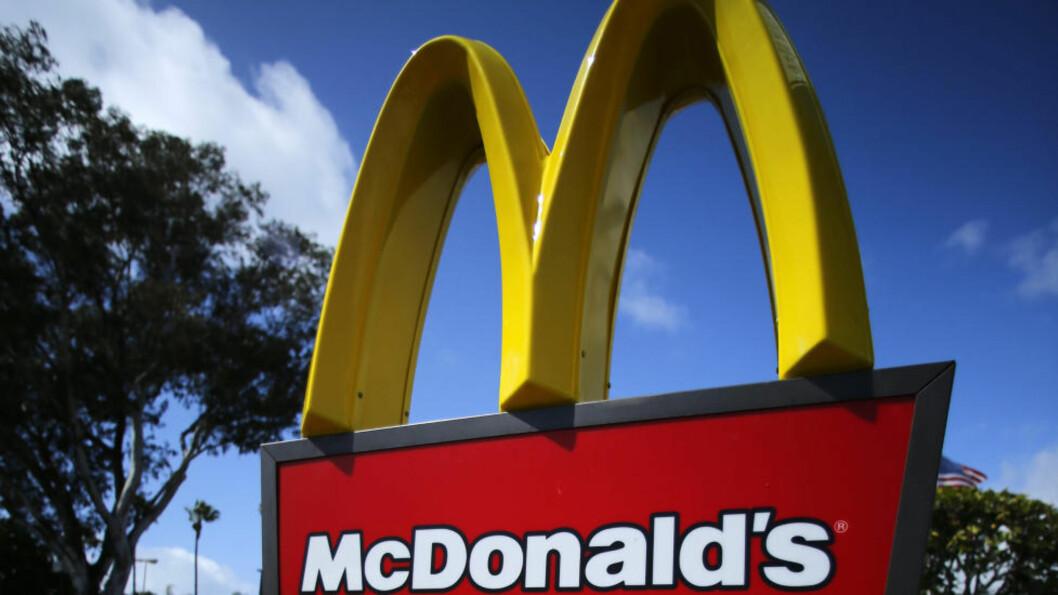 Heinz-ketsjup har vært fast innslag på restaurantene til McDonald's i mer enn fire tiår, men nå er det slutt. Foto: Mike Blake / Reuters / NTB scanpix