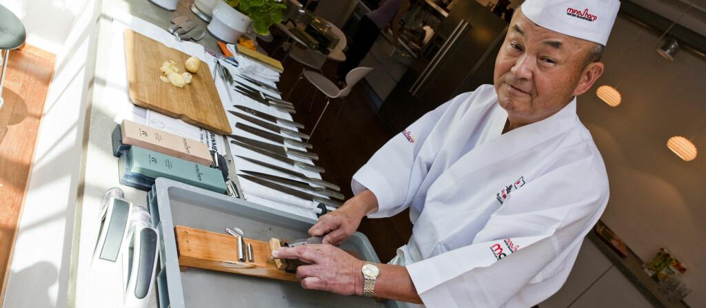 Mr Global viser hvordan du får mest mulig ut av kniven din. Se mer i videoen under.  Foto: Per Ervland