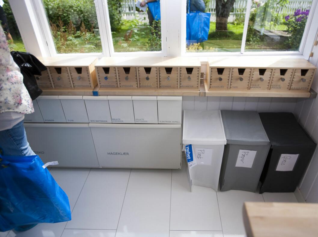 <strong><strong>RYDD I ROTET:</strong></strong> Her er diverse løsninger fra Ikeas sortiment montert sammen til et ryddig sammensurium for å få rot i skrotet. Foto: Per Ervland