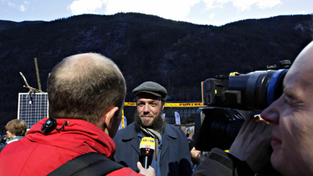 TYSKLAND: Marin Andersen intervjues av RTL. Foto: OLE C. H. THOMASSEN