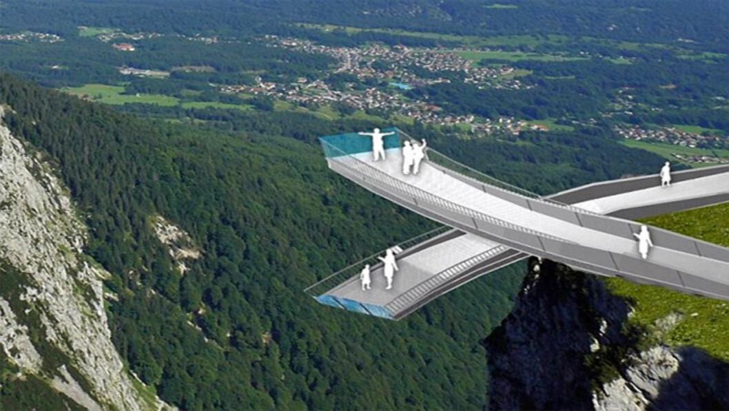 """<strong><B>RETT UT I INTET:</strong></B> Det er ikke tilfeldig at en av Tysklands aller ferskeste turistattraksjoner heter AlpspiX - med stor """"X"""" på slutten."""