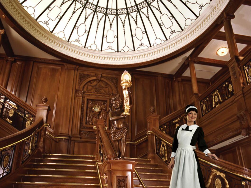 Hovedtrappen i skipet. Se for deg at den virkelige trappen var dobbelt så stor. Foto: Titanic Pigeon Forge