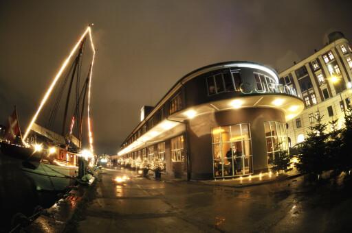 Custom House huser tre restauranter med uteservering. Foto: Custom House