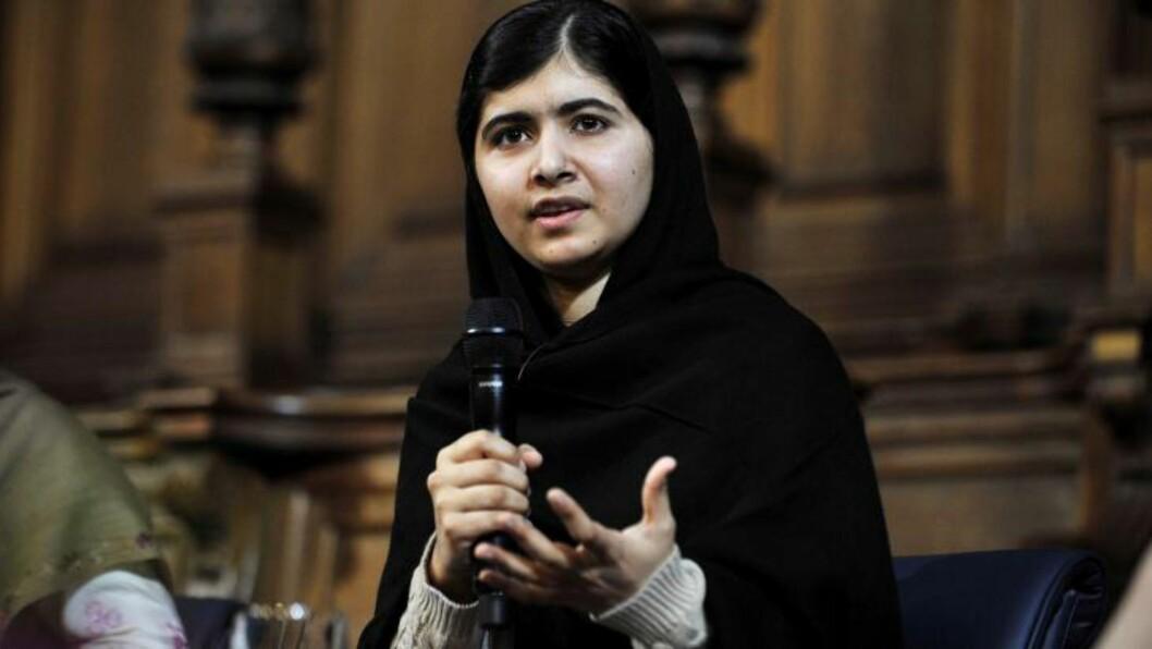 TALER: Malala har hele tida talt jenters sak, og ønsker lik rett til offentlig skolegang for gutter og jenter. Foto: NTB Scanpix