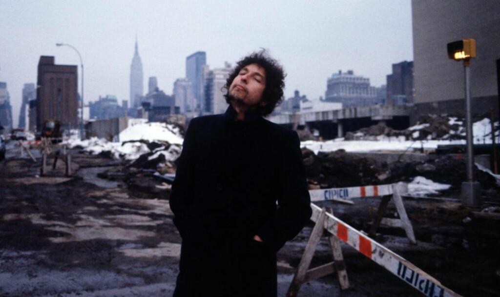 I NEW YORK: Bob Dylan fotografert i New York i 1983  - i byen der karrieren tok av tidlig på 1960-tallet. Foto: Lynn Goldsmith