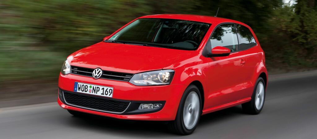 Volkswagen Polo slo 30 andre kandidater, deriblant Mercedes-Benz E-klasse og Toyota Prius, og kan nå pryde seg med tittelen World Car of the Year 2010. Polo finnes både i tre- og femdørsutgaver.