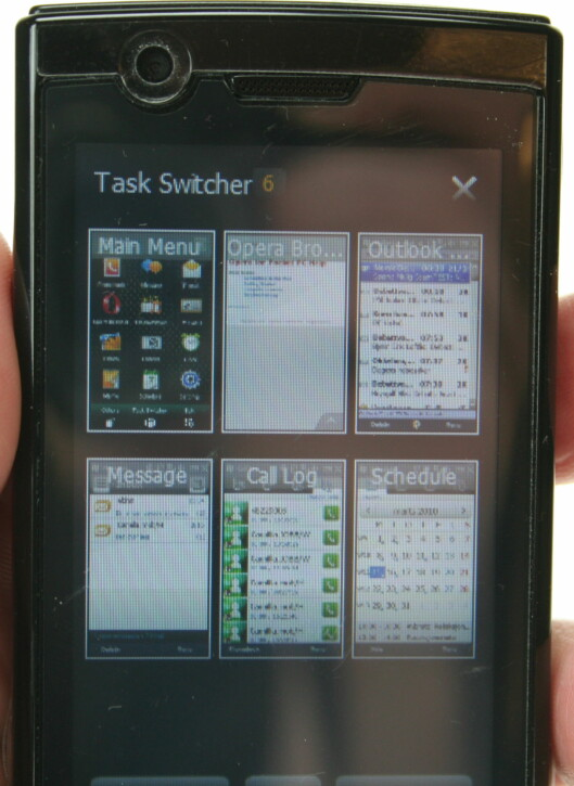 """<strong><B>ELEGANT:</strong></B> Med """"task switcher"""" kan du raskt og enkelt få en oversikt over alle programmene som er åpne, og deretter veksle mellom dem."""