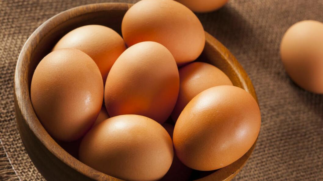 <strong>KOLESTEROL:</strong> Mange er skeptiske til å spise egg fordi de inneholder mye kolesterol, men ifølge eksperten er dette en myte som er på hell. Foto: BRENT HOFACKER - FOTOLIA