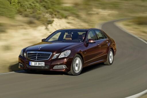 FINALIST: Mercedes-Benz E-klasse. Kom også til finalen i den europeiske kåringen.