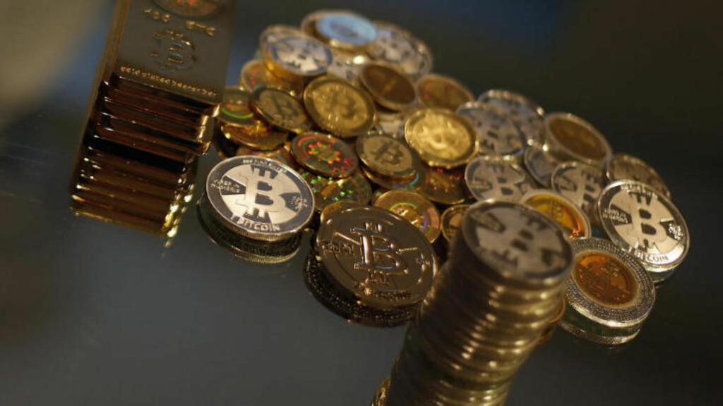 MYE BLEST:  Mange Bitcoin-entusiaster hevder at Bitcoin ikke er en valuta, FBI hevder det er en nyttig valuta for ulovlig aktivitet. Foto: REUTERS/Jim Urquhart.