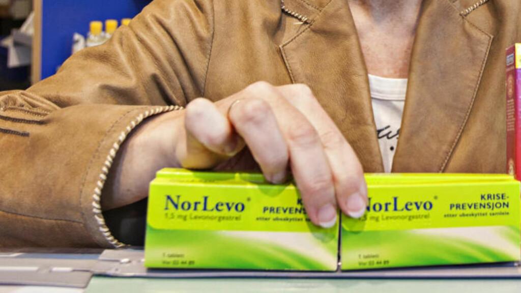 MEST SOLGT:  Den reseptfrie angrepillen Nor Levo ble solgt i om lag 150 000 pakninger i fjor. Nå anbefaler Statens legemiddelverk kvinner over 75-80 kilo om å gå på legevakta istedenfor på bensinstasjonen. Illustrasjonsfoto: TORBJØRN BERG/DAGBLADET.