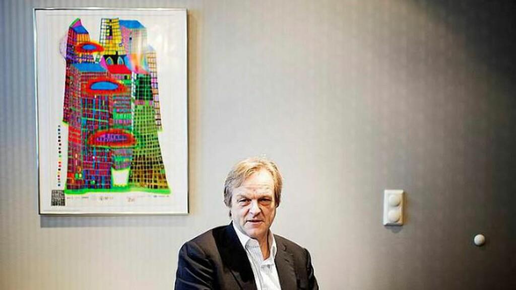 ØKONOMI: Jusprofessor og partner i advokatfirmaet Bing Hodneland, Olav Torvund, mener Bitcoin på dagens kurs er galskap. Foto: Eivind Yggeseth / Finansavisen