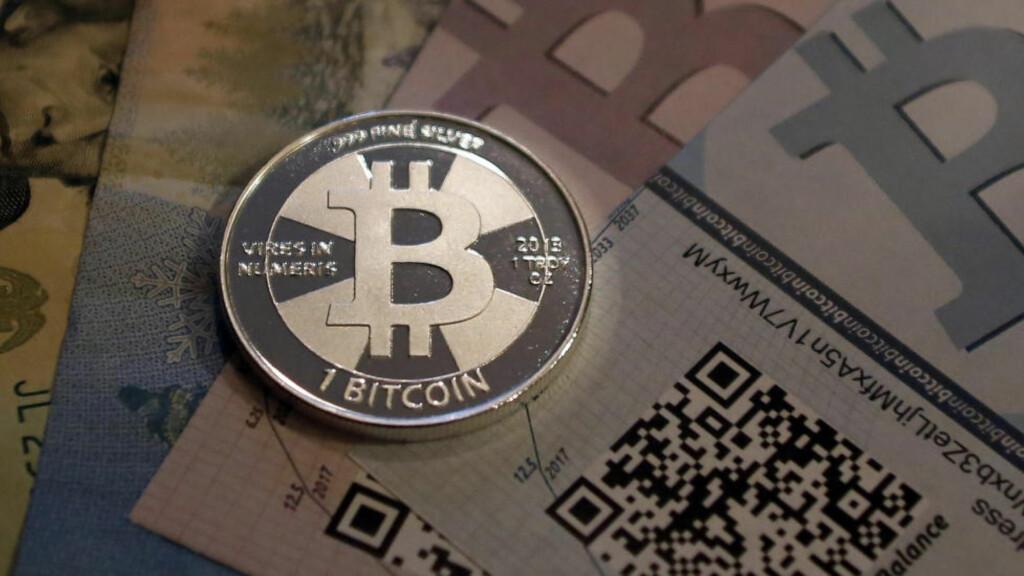 ØKONOMI: Bitcoin har steget 9.000 prosent på ett år! Er det flere tosker igjen da? REUTERS/Jim Urquhart