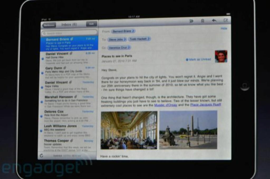 E-postprogrammet ser fint ut - visning til høyre, liste til venstre. iPad har også et fullt tastatur som dukker opp på skjermen når man vil skrive.