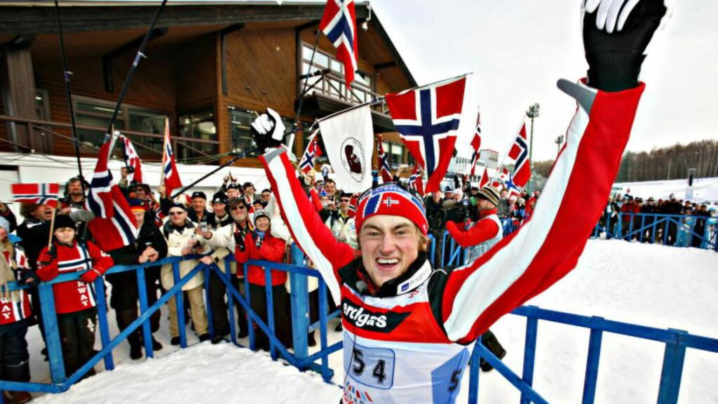 HUSKER DU:  Staffetten i Ski-VM i Sapporo i februar 2007. Petter Northug jr. på siste etappe gikk Norge inn til VM-gull.  Foto: ARNT E. FOLVIK